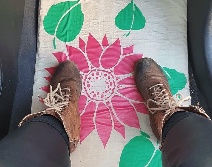 DIY festive holiday car floor mats