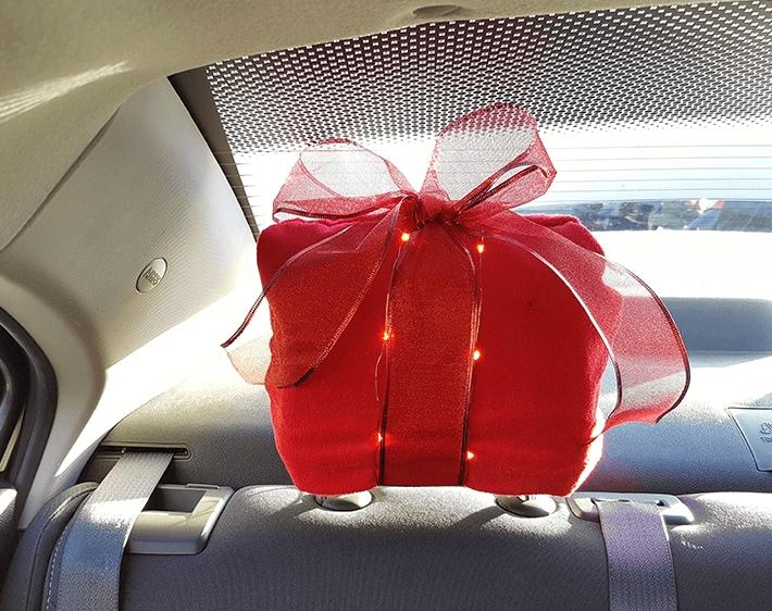 DIY present headrest