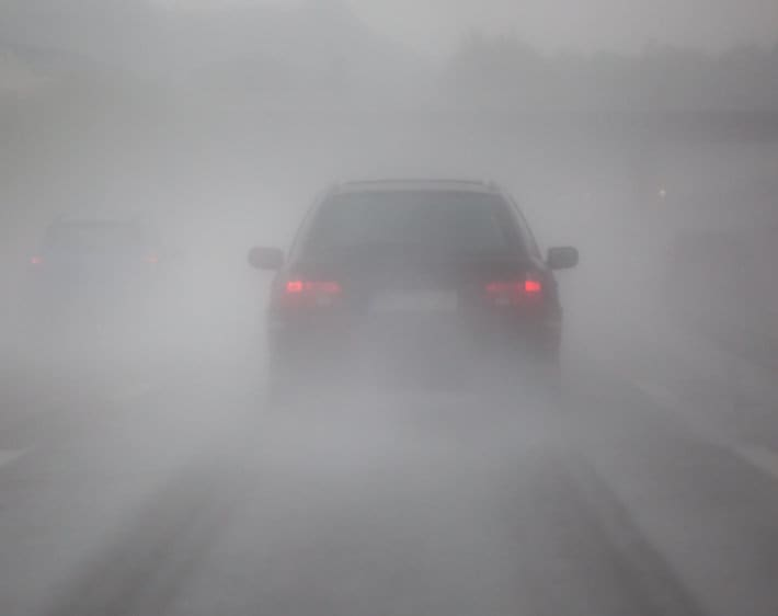 10 Safe Driving Tips When Fog Rolls In