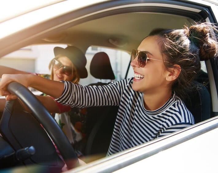2 girls riding in a Hyundai Sonata