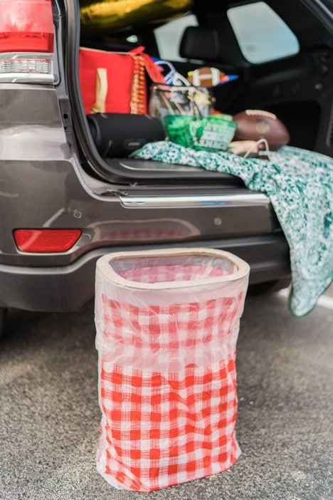 Popup trash can for tailgating