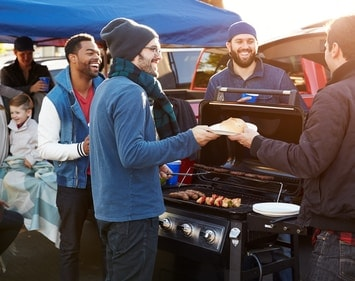 How to Keep Your Car Battery From Dying While Tailgating