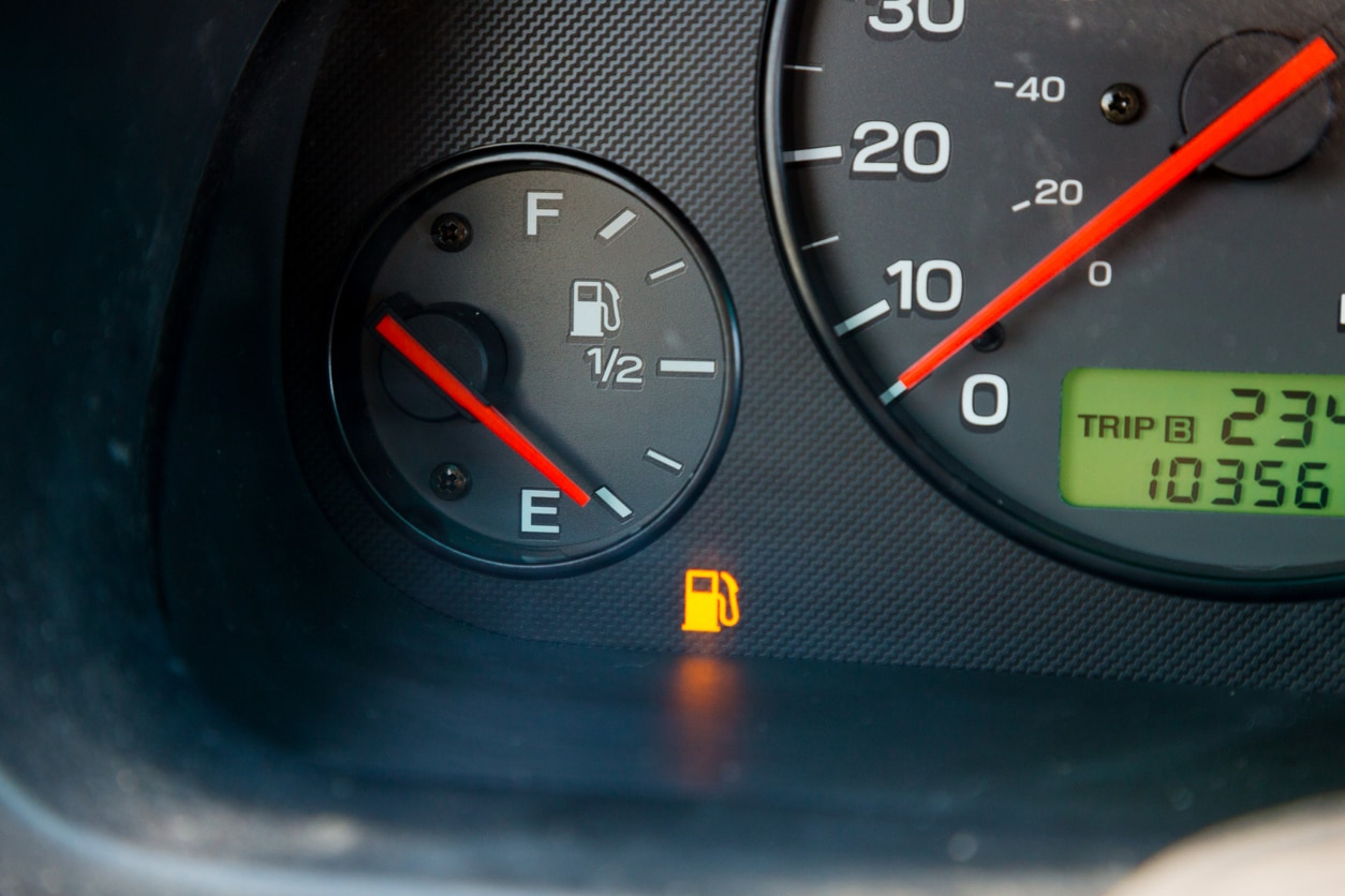 image of an gas gauge on empty